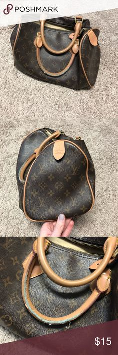 FAKE Louis Vuitton Handbag Fake LV handbag purchased in the Bahamas. Decent condition but definite signs of use. Bags