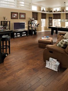 Engineered Wood Flooring Ideas, Laminate Flooring Rooms Pictures and Pics of Living Room Flooring Tiles Design. Modern Wood Floors, Types Of Wood Flooring, Hickory Flooring, Oak Laminate Flooring, Refinishing Hardwood Floors, Engineered Hardwood Flooring, Flooring Ideas, Maple Flooring, Flooring 101