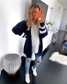 Mar 2020 - Visit the post for more. Casual Maternity Outfits, Casual Dress Outfits, Stylish Maternity, Maternity Wear, Maternity Fashion, Maternity Business Casual, Pregnancy Fashion, Pregnancy Wardrobe, Winter Pregnancy Outfits