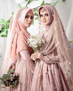 Muslim Wedding Gown, Hijabi Wedding, Muslimah Wedding Dress, Disney Wedding Dresses, Muslim Brides, Pakistani Wedding Dresses, Wedding Attire, Bridal Dresses, Bridesmaid Dresses
