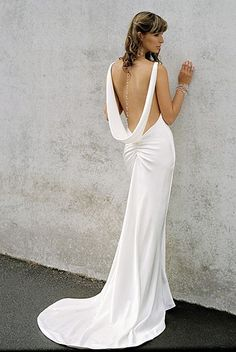Low back wedding dress-if only i could get away without wearing a bra <3