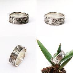 Wood grain ring. #solidsilver #woodring #weddingbands #woodgrain Jewellery 2017, Wood Rings, Wood Grain, Wedding Bands, Handmade Jewelry, Silver, Wooden Rings, Wedding Band, Wedding Band Ring