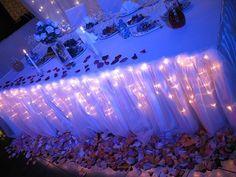 Tent lighting for a woodsy rustic themed weddingit was made with luzes por baixo da toalha wedding lightingoutdoor aloadofball Gallery