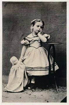 1865 :-)TYPICAL OF ALL KIDS……SHE'S BORED…….ccp