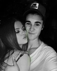 Find images and videos about justin, bieber and selena on We Heart It - the app to get lost in what you love. Justin Love, Justin Bieber Selena Gomez, Justin Bieber And Selena, Cutest Couple Ever, Best Couple, Love Will Remember, Famous In Love, Kendall Jenner Style, Wattpad