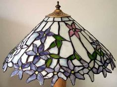 Stained Glass Lamp Shades, Led Light Fixtures, Stained Glass Patterns, Glass Jewelry, Lighting Ideas, Diy And Crafts, Sparkle, Ceiling Lights, Pendant