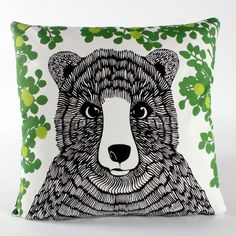 Bear pillow. I'm going to draw something like that on mine too.