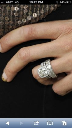 Guiliana Rancic's ring...gorg. Love how the band doesn't match, just stacks. I want the same band as my 2nd band!