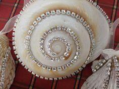 Cherrypik Jewels: Seashell ornaments 2010