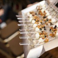 Cuisse de poulet farcie aux champignons, aigrelette de champignons crabes, crémeuse de céleri rave sur Wikibouffe