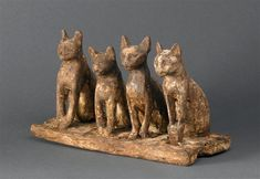 Egypte / Egypt (basse époque (664-332 av J.-C./Late Period 664-332 BC), Quatre chats assis / Four cats sitting Ⓒ RMN-Grand Palais / Musée du Louvre - Franck Raux