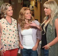 'Fuller House' Candace Cameron Bure Reveals Netlifx May Tackle LGBT Issues In Reboot Series Candice Cameron Hair, Candance Cameron, Happy New Year Baby, Dj Tanner, Fuller House, She Wolf, Cut Her Hair, I Love Fashion, My Style