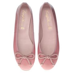 St Martin's Courtyard - Shop for the latest fashion trends at Pretty Ballerinas, in the heart of Covent Garden, London