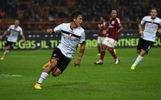 Palermo in posa con il tabellone 02 negli spogliatoi. Ecco la foto che fa il giro del web #palermo #milan #foto #seriaa #gol