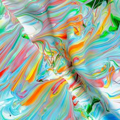 For his years-long multimedia project, Texas-based photographer Mark Lovejoy creates macro images of mixed paints and ink, transforming the surging pigments into evocative and abstract figures. Abstract Paintings, Abstract Art, Paint Photography, Colossal Art, Foto Art, Jolie Photo, Art Graphique, Learn To Paint, Art Design