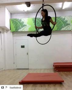 We love @lisettekrol straight leg hoop rolls!! #aerialhooptricks