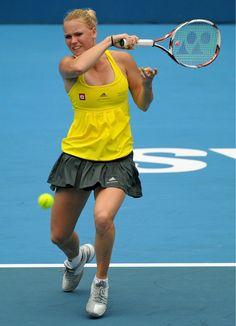 Girls Tennis Dress, Steffi Graf, Professional Tennis Players, Caroline Wozniacki, Tennis Players Female, Tennis Racket, Cheerleading, Soccer, Sports