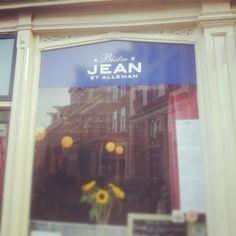 Bistro Jean et alleman. #copy