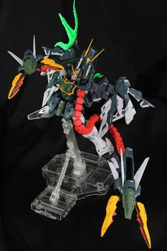 MG 1/100 Altron Gundam [Glory of Losers Ver.] - Custom Build     Modeled by Model Legend