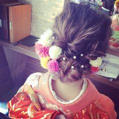 白無垢&色打掛に合わせたい♡可愛いすぎる和装ヘア用髪飾りまとめ*にて紹介している画像 Wedding Kimono, Japanese Wedding, Hair Arrange, Japanese Hairstyle, Hair Reference, Wedding Images, Hair Dos, Headdress, Bridal Hair
