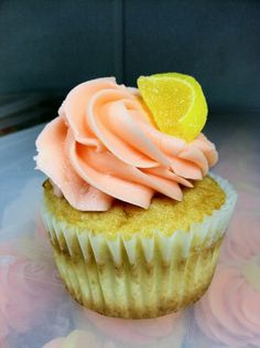 Strawberry Lemonade cupcake (Flying Cupcake bakery) now available at our 96th St. location for the summer.