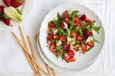'Strawberries Mozzarella Salad' Recipe on my blog. | Erdbeer-Mozzarella-Salat. Rezept auf meinem Bog.