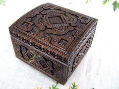Ring box Jewelry ring box Wedding ring box Wooden box Jewelry wooden box Jewelry box with lock Box w Wooden Ring Box, Wooden Jewelry Boxes, Jewelry Box With Lock, Ring Holder Wedding, Sewing Accessories, Jewel Box, Casket, Wood Boxes, Jewelry Organization