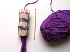Tejiendo con tricotin casero