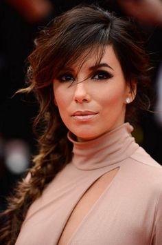 Learn how to re-create Eva Longoria's Cannes 2014 dramatic beauty look with this easy makeup tutorial. Step-by-step instructions help you Eva Longoria, Messy Fishtail, Cannes Film Festival 2014, Red Carpet Makeup, Easy Makeup Tutorial, Women Lifestyle, Simple Makeup, Hair Makeup, Woman Fashion