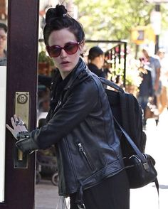 Eva spotted in New York #evagreen #candid