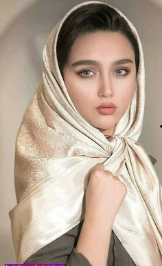 Photography: Modern Muslim woman in Hijab with beautiful eyes and eyelashes Iranian Beauty, Muslim Beauty, Iranian Women, Beautiful Muslim Women, Beautiful Hijab, Beautiful Eyes, Beauty Full Girl, Beauty Women, Persian Beauties