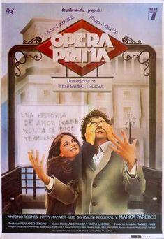 """Matías, un periodista divorciado de 25 años que pasea su amargura por Madrid, en la Plaza de la Ópera, se enamora de su prima Violeta, que sólo tiene 18. A pesar de sus diferencias, aunque ni siquiera él mismo se lo puede creer del todo, y pese a los consejos de sus amigos, Matías llega a la conclusión de que ella es la mujer de su vida. Aclamadísima obra del cine español de los años ochenta, paradigma de la """"comedia madrileña""""."""