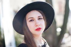 muse: Ewelina  photographer: Kinga Jałocha     #portrait #photography #photoshoot #poland #cracow #helios #hat #redlips #girl #beauty