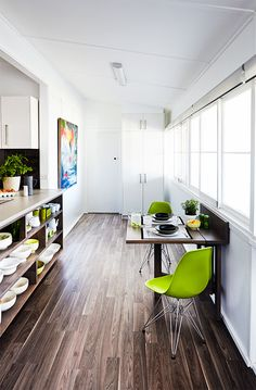 How to install a floating floor: A floating floor is easy to install and it really does float - laminate boards rest on a layer of cushy soft underlay. #DIY