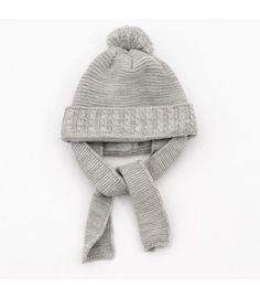d0ab9dfc7 Gorros para bebé - Adriels Moda Infantil. Gorro gris para bebé con bufanda  incorporada