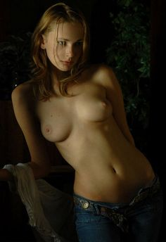 Girls in Jeans - Page 31 - Yellow Bullet Forums