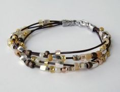 BEGINNER ~ Artisan Beaded Bracelet by Donatella from Inspiration & Realisation ~ allfreejewelrymaking.com