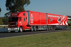 You just have to be impressed when these guys roll into town. Freightliner Trucks, Train Truck, Road Train, Big Rig Trucks, New Trucks, Benne, V8 Supercars, World Map App, Transporter
