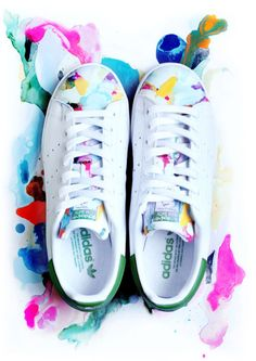 """Adidas Stan Smith 白蓮 """"I made this custom for a friend recently"""""""