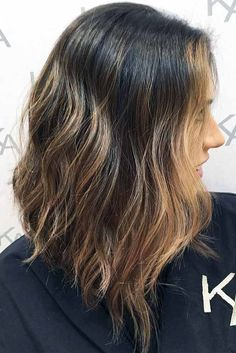 A lob haircut is for everyone. Women Haircuts Long, Long Bob Haircuts, Popular Haircuts, Hairstyles Haircuts, Pixie Haircuts, Long Angled Haircut, Longer A Line Haircut, Angled Lob, Medium Hair Cuts