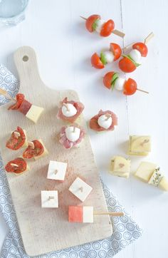 Tapas, Catering, Sandwiches, Snacks Für Party, Food Humor, High Tea, Yummy Appetizers, Food Design, Food Pictures