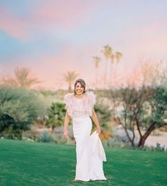 Everthine Bride (@everthinebridal) • Instagram photos and videos Anna Campbell, Try On, Bride, Photo And Video, Wedding Dresses, Wedding Bride, Bride Dresses, Bridal Gowns, Bridal