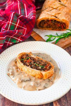 Easy Vegan Wellington (Step-By-Step Recipe) - Wow, It's Veggie?! Vegan Christmas, Vegan Thanksgiving, Other Recipes, Whole Food Recipes, Vegan Wellington, How To Cook Mushrooms, Vegan Butter, Going Vegan, Vegan Gluten Free