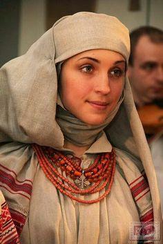 "Намітка -- 'Namitka"" - Belarusan traditional headwear."