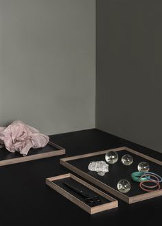 FRAME tray - The perfect tray for all your exhibitions from MUNK collective Frame Tray, Warm Grey, Hardwood, Plates, Pure Products, Black, Design, Licence Plates, Natural Wood