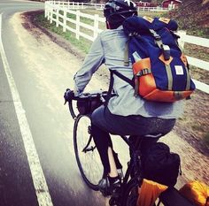 Lightweight, High-quality Keep the Load Comfortably Stable on Your Body, Move Your Gear Conveniently between Cycling and Being Off-bike Cycling Backpack, Cycling Outfit, Urban Cycling, Top Gear, Golf Bags, Biker, Bicycle, Backpacks, Baggage