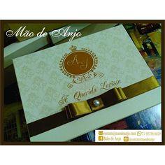 Linda caixa não é mesmo? Encomende já a sua ;-) #noivas2016 #casamento2016 #caixaspersonalizadas #presente #maodeanjo