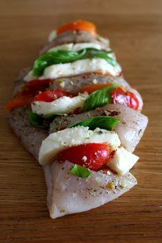 Caprese Salad, Mozzarella, Sushi, Recipies, Food And Drink, Chicken, Ethnic Recipes, Impreza, Diet