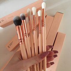 makeupislifexox: - Makeup blog