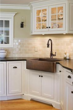 Exceptional Kitchen Remodeling Choosing a New Kitchen Sink Ideas. Marvelous Kitchen Remodeling Choosing a New Kitchen Sink Ideas. Kitchen Sink Decor, Single Bowl Kitchen Sink, Kitchen Redo, New Kitchen, Kitchen Backsplash, Kitchen Ideas, Kitchen Corner, Kitchen White, Kitchen Layout